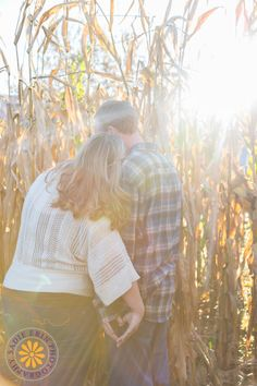 Engagement   New England Portrait Photographer #engagementportraits #fallengagement #autumnengagement #cornmaze #naturallight #MikesMaze #SadieErinPhototgraphy