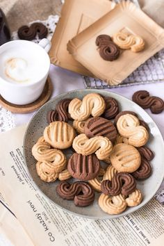 Cookie Recipes, Dessert Recipes, Luxury Food, Sunday Recipes, Czech Recipes, Galletas Cookies, Biscuit Recipe, Yummy Cookies, Christmas Baking
