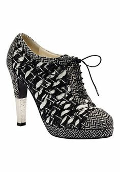 a8a7624d8be9 39 Best Favourite Shoes images