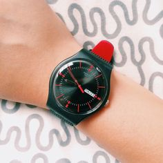 #Swatch GAET swat.ch/1rSTNFh ©yellowyz