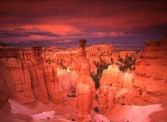 Thors Hammer at sunset Bryce Canyon National Park, Utah Bryce Canyon National Park is a national park located in southwestern Utah. The major feature of the park is Bryce Canyon, which is not a canyon but a collection of giant natural amphitheaters along the eastern side of the Paunsaugunt Plateau.