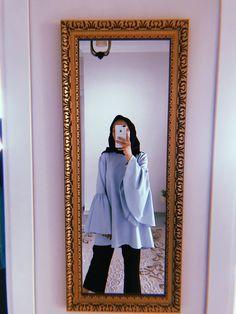 Stylish Hijab, Casual Hijab Outfit, Hijab Chic, Niqab Fashion, Muslim Fashion, Hijabi Girl, Girl Hijab, Chicas Dpz, Foto Mirror