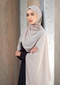 INAYAH | Classic & neutral tones - Black #Layered #Maxi #Dress + Light Mushroom #Soft #Crepe #Hijab - www.inayah.co