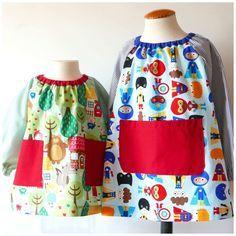 #PDF #Pattern #School #smock and snack bag available on our web  #Patrón PDF #Bata #escolar Baby (2 modelos) Ya disponible. Incluye además el patrón para realizar una mochila o bolsa de almuerzo.