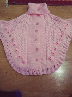 This Pin was discovered by Ayla Bozal. Discover (and save!Discover thousands of images about gulgunKnitting, Crochet For BabyYou can knit this beautiful poncho by looking at the images for your babySilvia I. Knit Vest Pattern, Poncho Knitting Patterns, Knitted Poncho, Lace Knitting, Knitting Designs, Baby Cardigan, Baby Pullover, Baby Sweaters, Girls Sweaters
