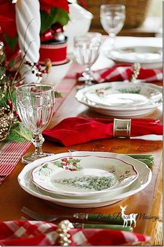 fresh green and red and white christmas table decor. Christmas China, Christmas Dishes, Christmas Kitchen, All Things Christmas, Christmas Home, Merry Christmas, Xmas, Christmas Tabletop, Christmas Table Settings