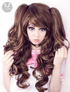 A pretty mix of rich chocolate brown with blonde highlights, Cookie is a full and fabulous curly style with detachable pigtails. Lush Wigs, Brown With Blonde Highlights, Ponytail Wig, Lolita Cosplay, Cosplay Wigs, Gothic Lolita, Hair And Nails, Curly, Long Hair Styles