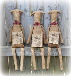 Hey, I found this really awesome Etsy listing at https://www.etsy.com/listing/538883485/santas-reindeer-crows-roost-prims-381e