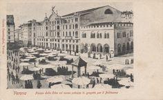 In questa cartolina dei primi anni 20 del '900 vediamo il progetto, mai realizzato, del nuovo Teatro Politeama. Questo doveva prendere il posto delle case-torri del ghetto degli ebrei, tuttora esistenti. Il progetto fu poi modificato e sorse poco distante il palazzo del Supercinema (ex-Upim).