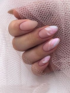 The advantage of the gel is that it allows you to enjoy your French manicure for a long time. There are four different ways to make a French manicure on gel nails. The choice depends on the experience of the nail stylist… Continue Reading → Almond Nails Natural, Classy Almond Nails, Short Almond Nails, Classy Nails, Cute Nails, Pretty Nails, Almond Nail Art, Fall Nail Designs, Acrylic Nail Designs