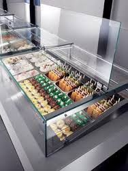Lift up hydraulic glass available on Rosa Deli pastry, chocolate and Gelato cases. Bakery Shop Design, Coffee Shop Design, Cafe Design, Deco Restaurant, Restaurant Design, Paleterias Ideas, Ice Shop, Ice Cream Business, Pastry Display