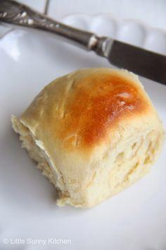 30-Minute Bread Rolls - http://www.purecipes.com/30-minute-bread-rolls-recipe/ . #BreadRolls #Bread, #Breakfast