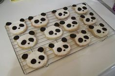Santa Head Cookie Cutters | Topic: Competitive Panda biscuits (Read 11022 times)