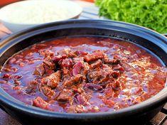 padassa haudutettu chili con carne Chorizo, Deli, Soup, Chili Con Carne, Soups