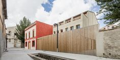 European Headquarters Of The Quality Leather Center  / taller 9s arquitectes