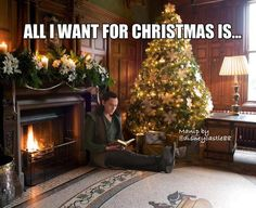 """Tom Hiddleston """"Loki"""" Yes, please! From http://hiddlememes.tumblr.com/post/106015850266/may-you-find-delightful-surprises-under-your-tree"""