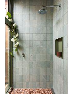Home Interior Styles Photo Martina Gemmola.Home Interior Styles Photo Martina Gemmola. Bathroom Design Inspiration, Bad Inspiration, Bathroom Interior Design, Interior Livingroom, Green Bathrooms Designs, Grey Bathrooms, Master Bathrooms, Bathroom Designs, Bathroom Mirrors