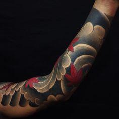 i like horimono. - #momiji #autumnleaves #autumn #sleeve...
