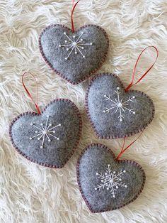 Elegant Grey Felt Heart Ornament Gift Decoration SET of 4 | Etsy Christmas Ornaments To Make, Felt Ornaments, Diy Christmas Gifts, Christmas Earrings, Christmas Stuff, Christmas Projects, Merry Christmas, Felted Wool Crafts, Felt Crafts