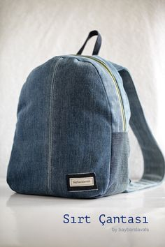 cocuk sirt cantasi DIY recycling old jeans toddler backpack backpack eski k Denim Backpack, Denim Bag, Backpack Bags, Denim Skirt, Diy Bags Purses, Diy Purse, Mochila Jeans, Altering Jeans, How To Make Purses