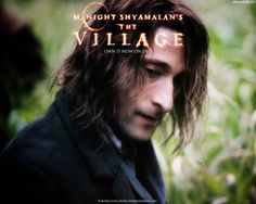 Watch Streaming HD The Village, starring Sigourney Weaver, William Hurt, Joaquin Phoenix, Bryce Dallas Howard. The population of a small, isolated countryside village believe that their alliance with the mysterious creatures that inhabit the forest around them is coming to an end. #Drama #Mystery #Thriller http://play.theatrr.com/play.php?movie=0368447
