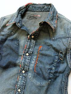 Denim shirt / men's fashion & style vetements стиль и мода, Denim Fashion, Look Fashion, Denim Vintage, Estilo Jeans, Denim Shirt Men, Mein Style, Yellow T Shirt, Raw Denim, Look Cool