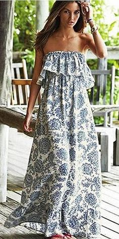 I have question regarding maxi dress. I see many brands offering dresses that hit ankle and they call them maxis. Short Beach Dresses, Sexy Dresses, Dress Outfits, Summer Dresses, Summer Maxi, Casual Dresses, Maxi Dress With Sleeves, Floral Maxi Dress, Boho Dress