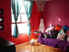 Home Design: Moroccan Room Decor Purple Bed Sheet Wooden Floor Red Wall Blue Curtain Modern Chandelier, Minimalist, Modern Daybed Design, Bedroom Themes, Interior Design, Purple Bed Sheets, Moroccan Room, Moroccan Living Room, Asian Home Decor, Bedroom Design, Decor Styles