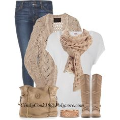 Simple winter beige outfit