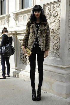 Donna leopard moto coat