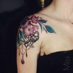 Resultado de imagen para tattoo shoulder floral lace