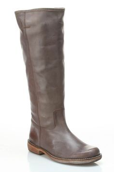 Kickers Road Flat Boots In Dark Brown