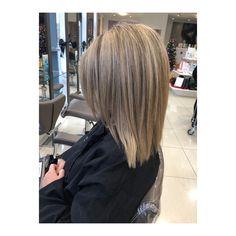 Highlights. Lowlights. Mid Length Hair. Blunt Cut. Blunt Cuts, Mid Length Hair, Hair Lengths, Highlights, Stylists, Dreadlocks, Hair Styles, Beauty, Middle Length Hair