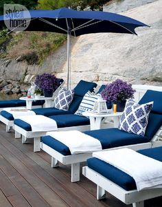 Outdoor cottage furniture {PHOTO: Robin Stubbert}