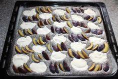 Slivkový koláč s makom a tvarohom, Koláče, recept | Naničmama.sk Cheesecake, Pie, Desserts, Food, Torte, Tailgate Desserts, Pastel, Meal, Cheese Cakes