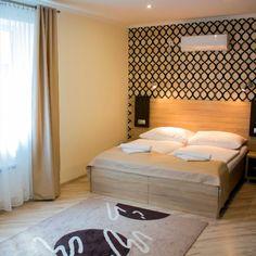 Apart-club Zora poskytuje komfortné ubytovanie v tichom prostredí Bardejovských Kúpeľov. Vlastné wellness centrum a vonkajší bazén. Bed, Furniture, Home Decor, Decoration Home, Stream Bed, Room Decor, Home Furnishings, Beds, Home Interior Design