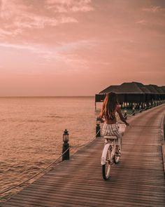 ill never get tired of pink skies and sunset rides. Amazing Sunsets, Wanderlust Travel, Beach Photos, Maldives, Videos, Adventure Travel, Travel Inspiration, Places To Visit, Sky