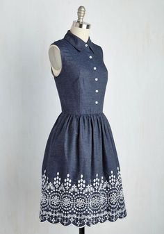 Drive-In Film Fest Dress. With popcorn in place and this chambray dress employed as your ensemble, your artistic date takes on its own cinematic quality! #blue #modcloth