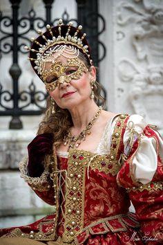 Cheap Women S Fashion Websites Key: 3612904362 Elizabethan Clothing, Medieval Clothing, Historical Clothing, Renaissance Costume, Renaissance Dresses, Italian Renaissance, Tudor, Womens Medieval Dress, Boho Hippie