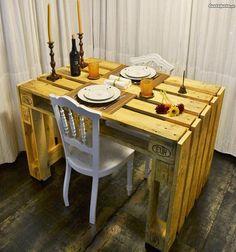 Mesa de madeira reciclada de paletes - à venda - Móveis & Decoração, Madeira - CustoJusto.pt