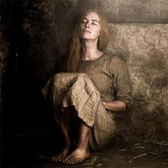 CERSEI My God..what an amazing ending to her imprisonment. Awesome filming and acting... She will be back..