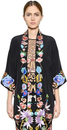 Temperley London Floral Embroidered Silk Crepe Kimono in Multicolor (BLACK/MULTI)