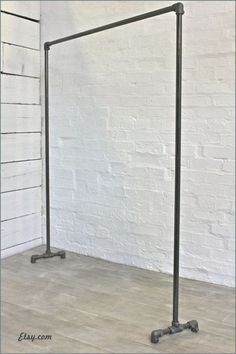 Would be good if they could come in different sizes. would like something smaller Dark Steel Pipe Simple Elegant Freestanding Clothes Rail, Clothes Rack - Bespoke Urban Industrial Bedroom Furniture or Shop Fittings Industrial Bedroom Furniture, Industrial Interior Design, Industrial Interiors, Vintage Furniture, Home Interior Design, Furniture Ideas, Urban Industrial, Furniture Design, Urban Furniture