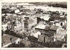 Bratislava, Beautiful Buildings, Old Photos, Paris Skyline, City Photo, Black And White, Mesto, Places, Times