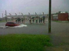 Fotos de la Inundación por el Huracán Ingrid.  La UAT.  #Huracan #HuracanIngrid #Inundacion #Tampico #Madero #Altamira #UAT    ========================   Rolando De La Garza Kohrs http://About.Me/Rogako ========================