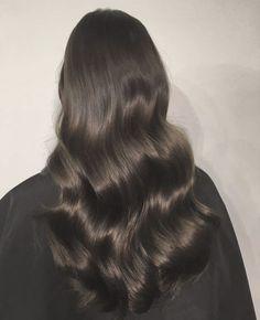 Buy Hottest Clip-in Human Hair Extensions Online Shiny Hair, Dark Hair, Hair Inspo, Hair Inspiration, Curls For Long Hair, Long Vs Short Hair, Big Hair, Aesthetic Hair, Dream Hair