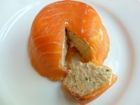 Good quality smoked salmon is a true delicacy that can be used and served in numerous ways. Here is a recipe for a tasty and easy to prepare smoked salmon mousse, with two serving suggestions: serv… Salmon Terrine Recipes, Smoked Salmon Terrine, Pate Recipes, Smoked Salmon Recipes, Cooking Recipes, Smoked Salmon Appetizer, Seafood Recipes, Appetizer Recipes, Hummus