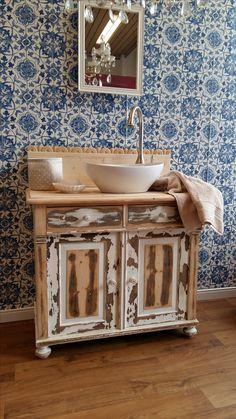 17 besten waschtisch antik bilder auf pinterest antike waschtisch und landhausstil. Black Bedroom Furniture Sets. Home Design Ideas