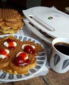 Waffles, Food And Drink, Cookies, Baking, Breakfast, Desserts, Baking Soda, Crack Crackers, Morning Coffee