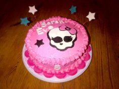 Gâteau Monster High Monster High, Creations, Cake, Desserts, Food, Pie Cake, Meal, Cakes, Deserts